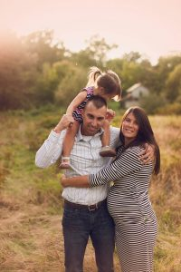Outdoor Fall Family and Maternity Session in Medina, OH Park