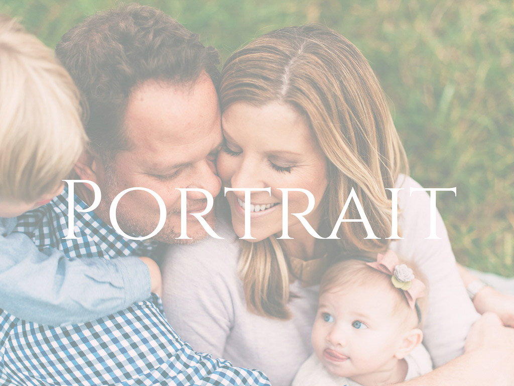 Family of four button for portraits for Molly Watson Photography site.
