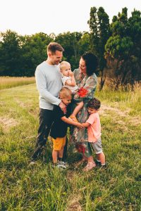 Fun Summer Family of Five Outdoor Session